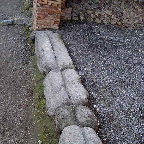 Đường ray cửa trượt ở Pompeii , Ý